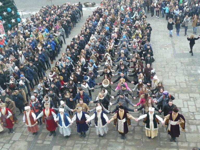 725 par zatańczyło poloneza na sądeckim Rynku!