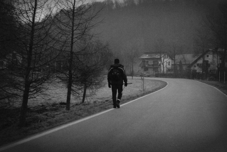 Nowy Sącz: 40 kilometrów nocą, w bólu i samotności