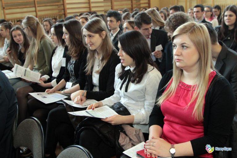 Nowy Sącz:  młodzież uczy się jak gospodarować pieniędzmi