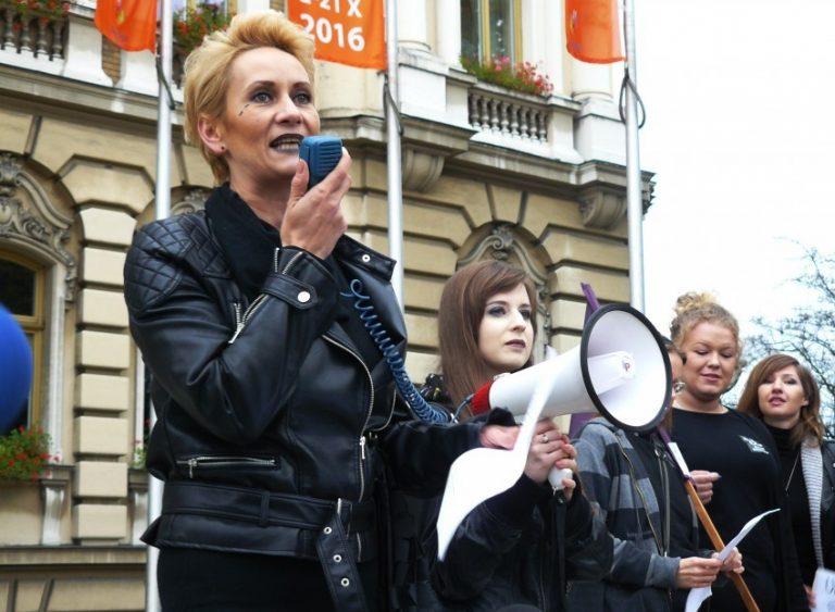 Nowy Sącz: jutro strajk. Na czarno i z parasolkami