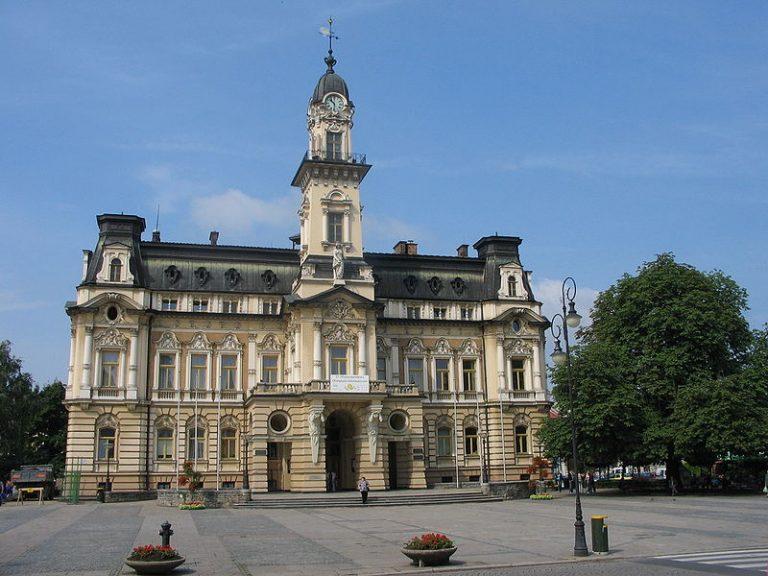Nowy Sącz: Stare Miasto – Pomnikiem Historii, a ratusz do remontu