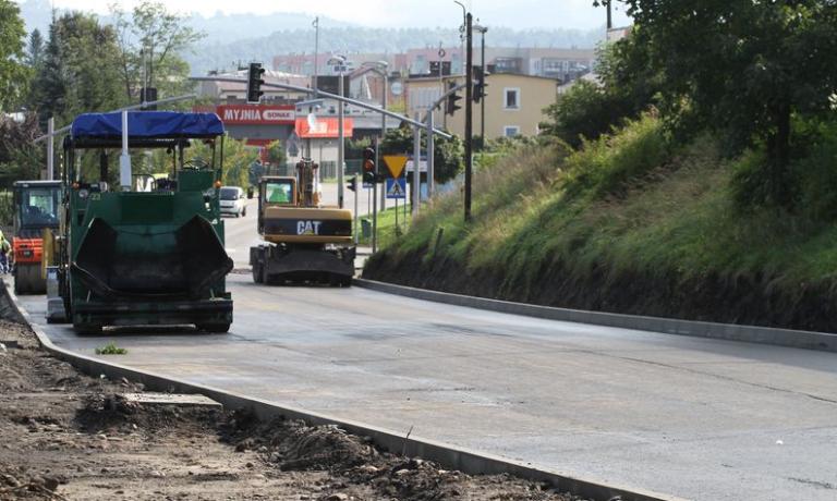 Nowy Sącz: remont Kolejowej na ostatniej prostej