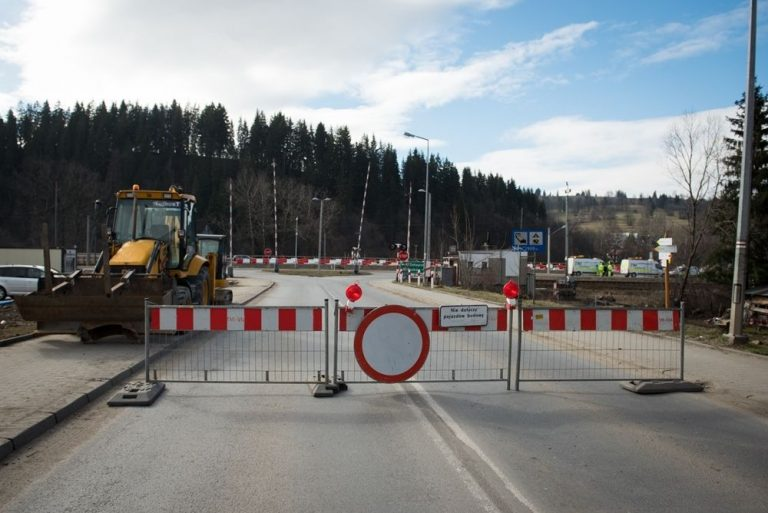 Poronin: zamykają most, żeby budować węzeł…