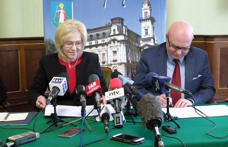 Prezydent Nowak i kurator Nowak obiecują nowe etaty dla sądeckich nauczycieli