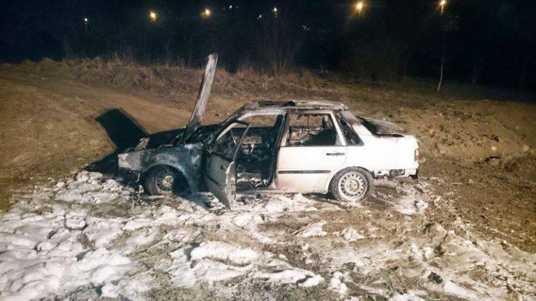 Nowy Sącz, Barska: auto spłonęło w warsztacie