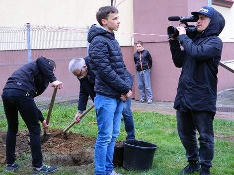 Nowy Sącz: Krzysztof i Dawid chcą ocalić od zapomnienia wyjątkową nauczycielkę