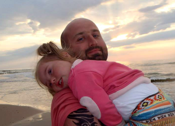Inne jest piękne, czyli jak Tomek został tatą Oli