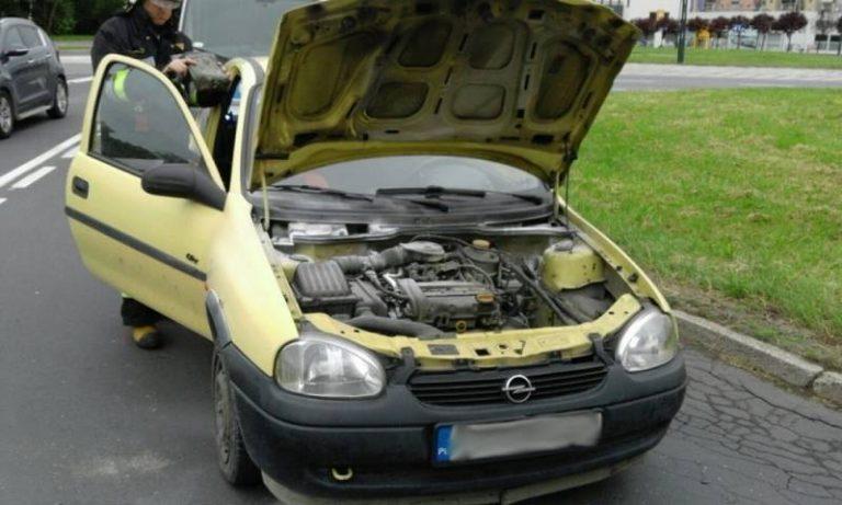 Nowy Sącz: Płonął Opel Corsa