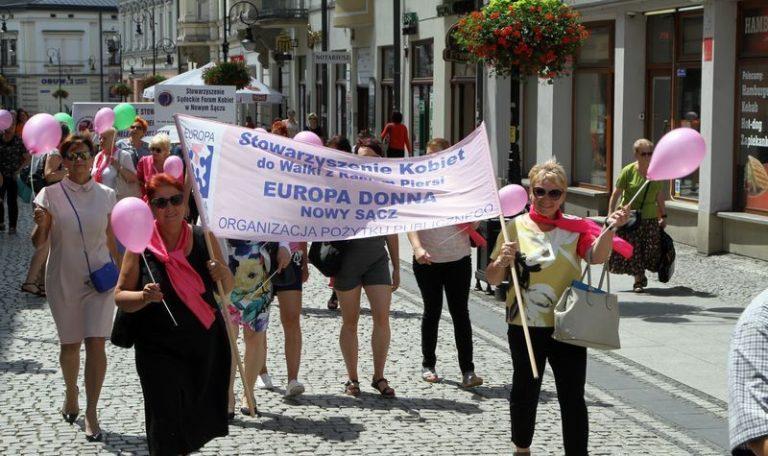 Nowy Sącz: Europa Donna od 20 lat walczy z rakiem piersi