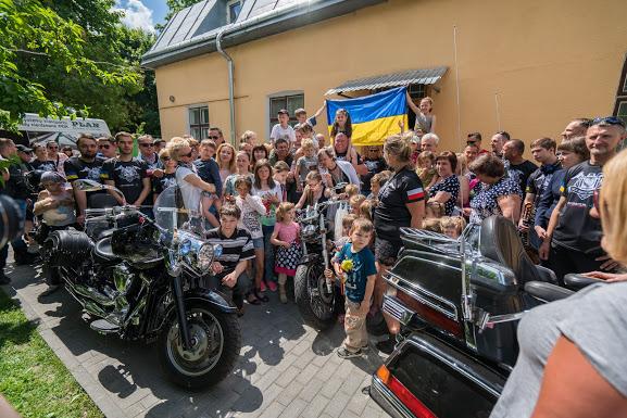 Nowy Sącz – Lwów: konwój pełen darów od dobrych ludzi dotarł do celu