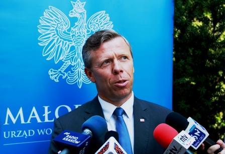 WojewodaMałopolski odwiedził Nowy Sącz. Jest nadzieja na podwyżki dla urzędników