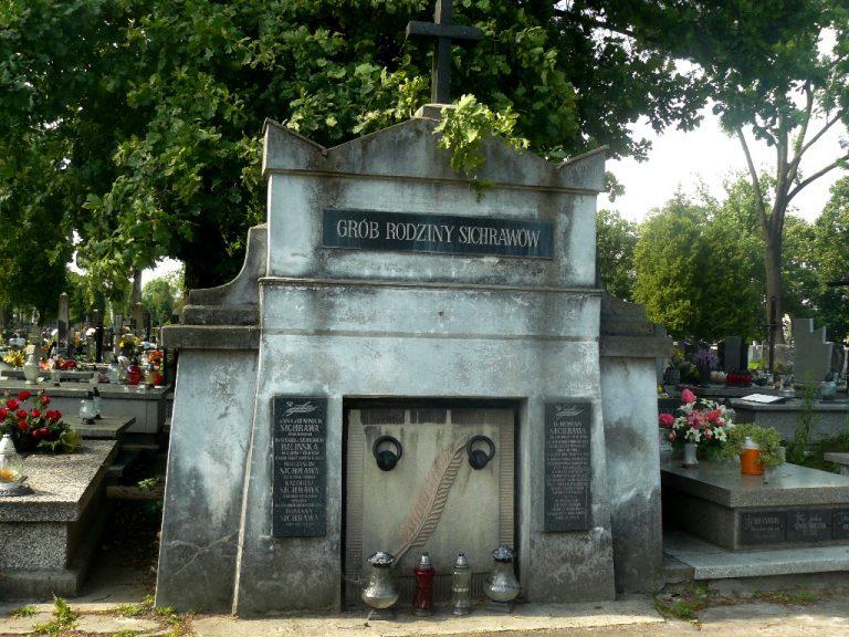 Nowy Sącz: grobowiec burmistrza Romana Sichrawy w dramatycznym stanie. Pilnie potrzebna renowacja!