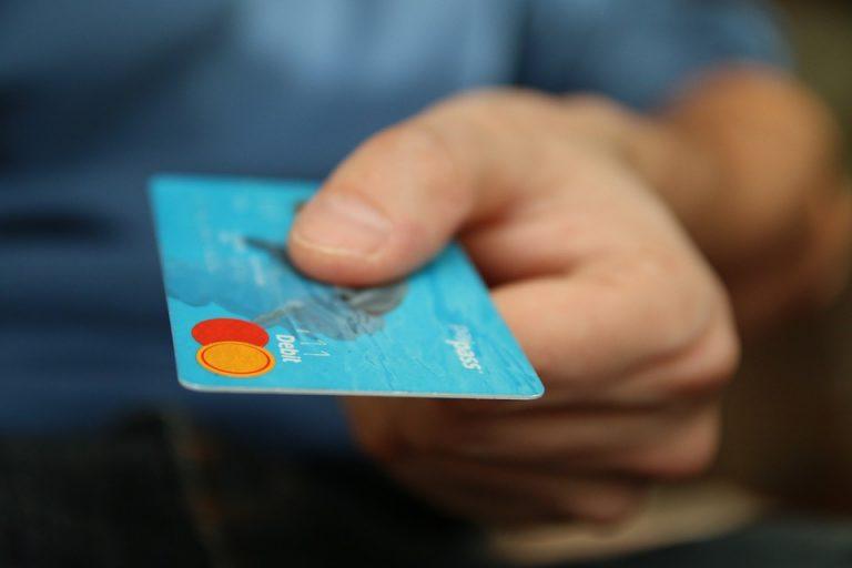 W Urzędzie Miejskim w Starym Sączu zapłacisz kartą płatniczą i telefonem