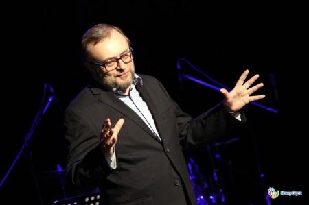 Bogusław Linda uczył się aktorstwa od… Janusza Michalika?