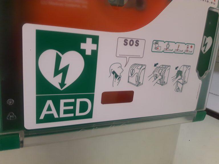 Nowy Sącz: w mieście pojawiły się defibrytalory. Mogą ocalić życie zanim zgaśnie…