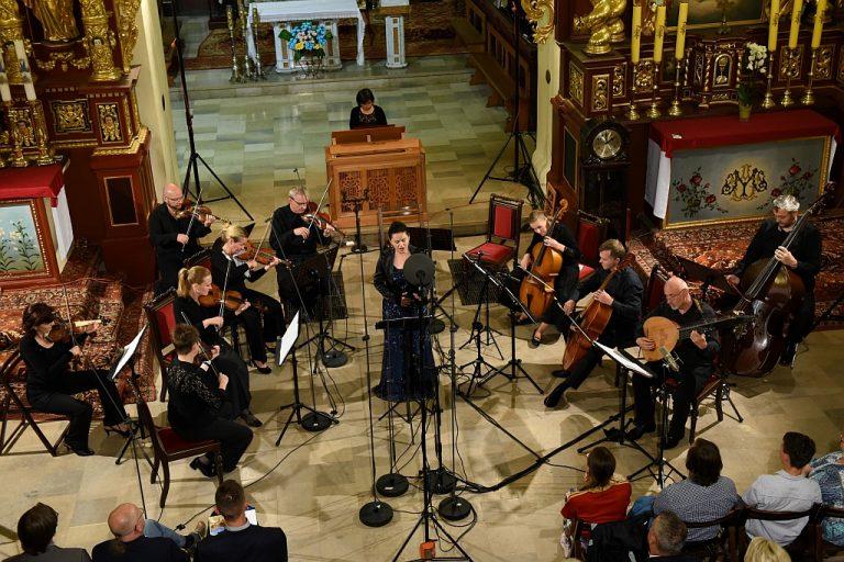 Muzyka osiemnastowiecznej Pragi i tajniki radia