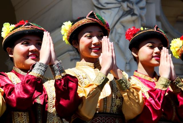 Taniec saman i krakowiak na rynku czyli dzień indonezyjsko – krakowski