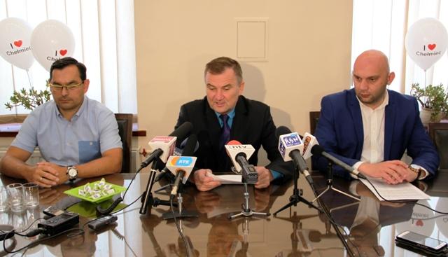 Chełmiec będzie miastem, a wójt Stawiarski burmistrzem