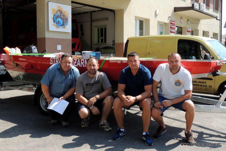 Strażacy dostali w prezencie łodzie ratownicze
