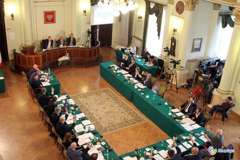 Nowy Sącz: radni opozycji rozżaleni, że ucięto dyskusję o przebiegu Węgierskiej Bis