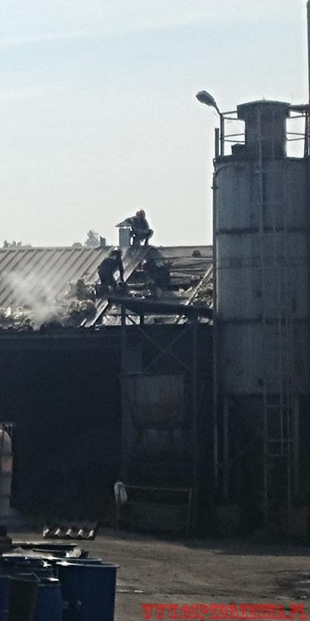 Niecew: pożar aluminium w Mo-Bruku. Jedna osoba w szpitalu