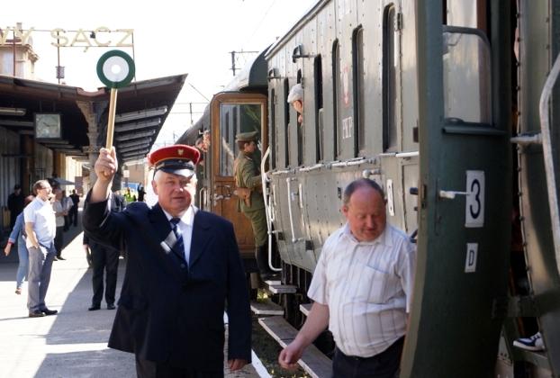 Pociąg Retro zawiezie was na Jarmark w Muszynie i Babie Lato w Bieczu