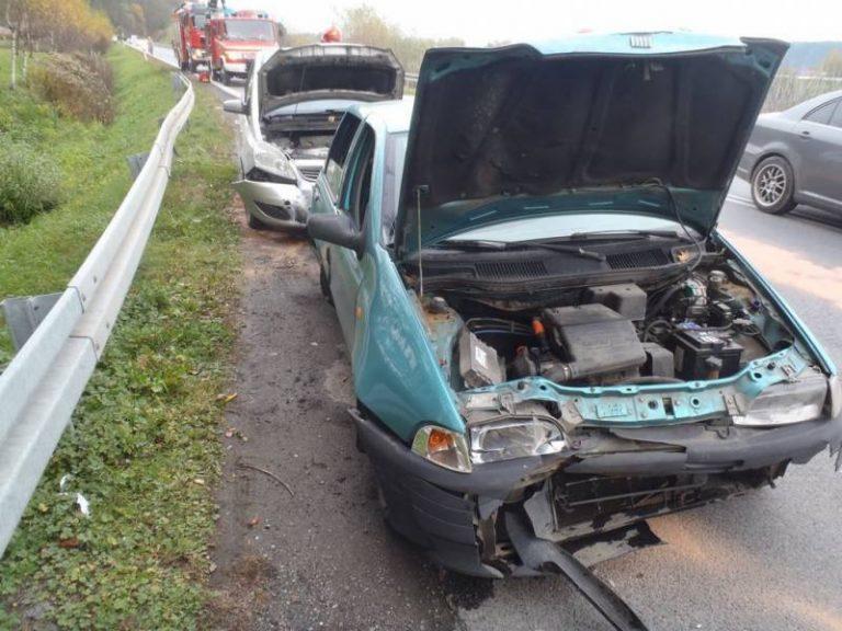 Kadcza: trzy osoby w szpitalu i trzy samochody uszkodzone