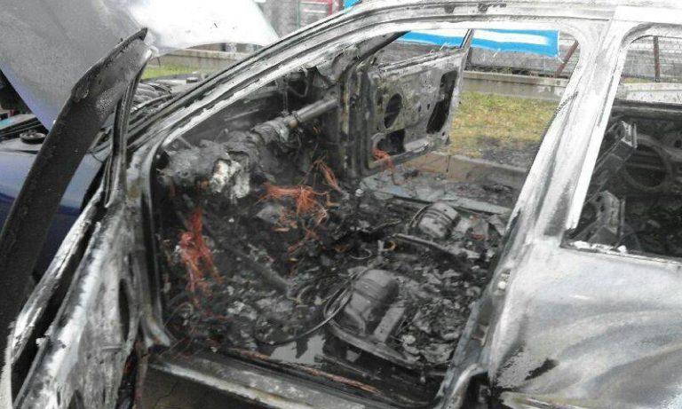 Nowy Sącz: Zderzenie samochodów i pożar na al. Piłsudskiego