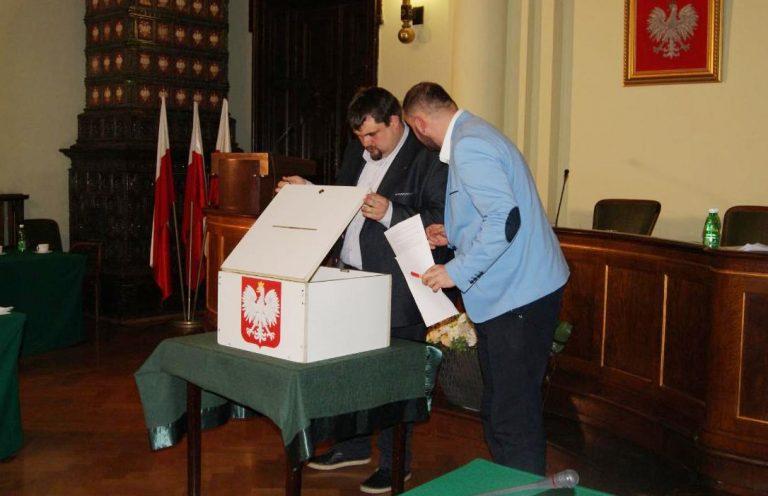 Nowy Sącz: radni wybiorą nowego przewodniczącego 12 grudnia