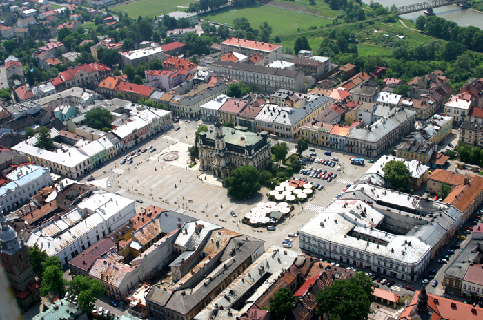 Jest wniosek o odebranie nadanych w PRL tytułów Honorowego Obywatela Miasta Nowego Sącza