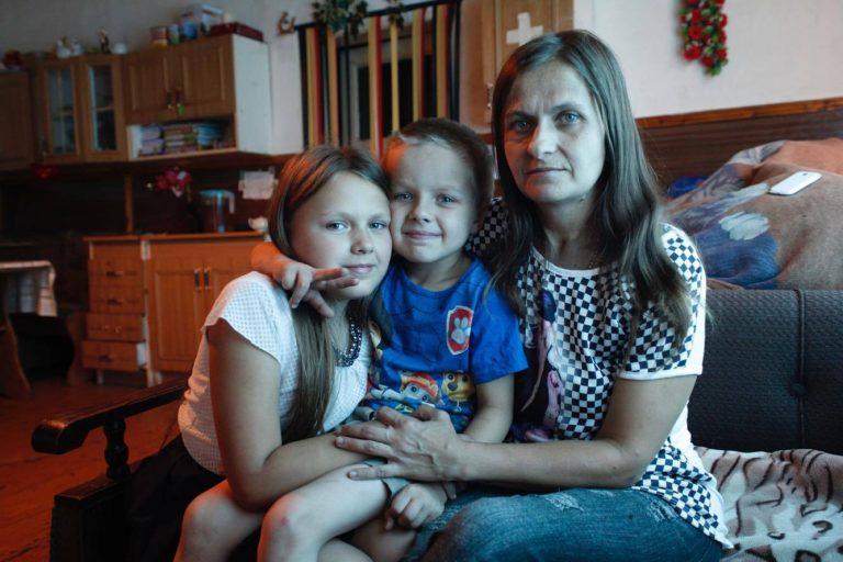 Potrzebna pomoc dla pani Julii i jej dzieci. Pomaga Sądecki Sztetl. Ty też możesz!