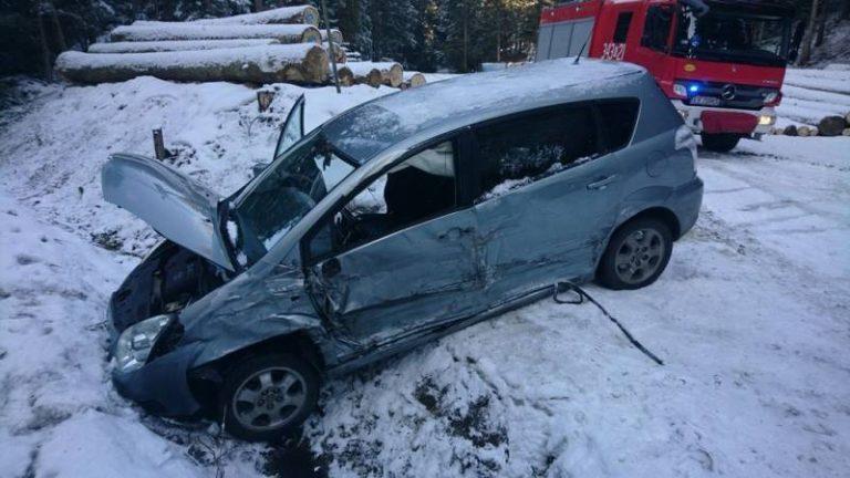 Tylicz: zderzenie trzech samochodów. Jedna osoba została poszkodowana