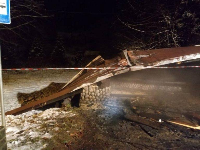 Kosarzyska: spłonął przystanek autobusowy. Najprawdopodobniej doszło do podpalenia