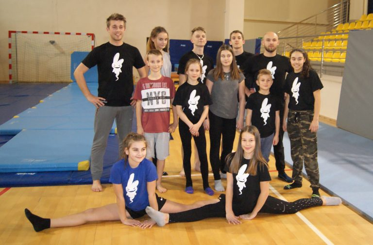 Nowy Sącz: walczą na triki. Break – dance, akrobatyka i sztuki walki w jednym