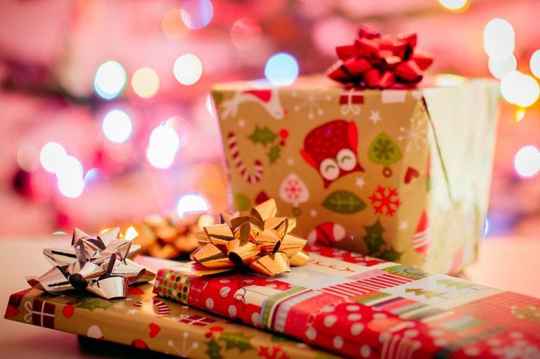 Sądecka świąteczna paczka dla dzieci z domu dziecka