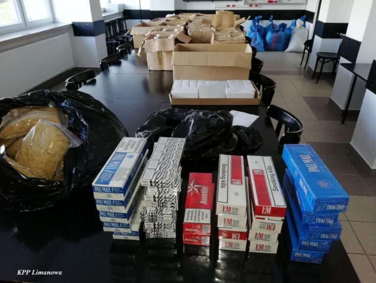 Nowy Sącz/Łukowica: chcieli sprzedać 500 litrów alkoholu bez akcyzy i 110 kg krajanki tytoniowej