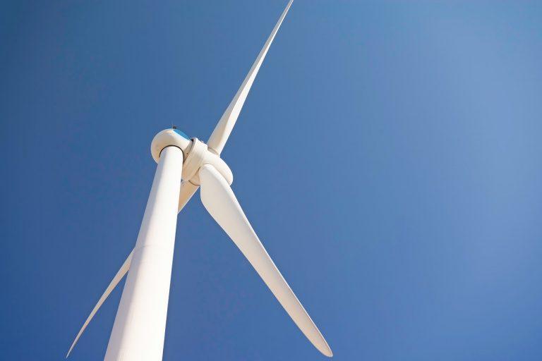 Dziś w nocy wiatr osiagnie prędkość nawet 75 km/h