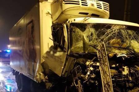 Nowy Sącz, ul. Pieczkowskiego: zderzenie dwóch samochodów ciężarowych