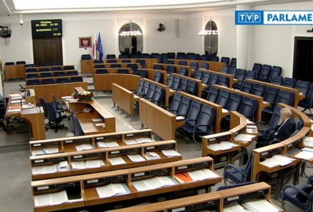 Przedłużono areszt dla syna Stanisława Koguta. Senator trafił do szpitala
