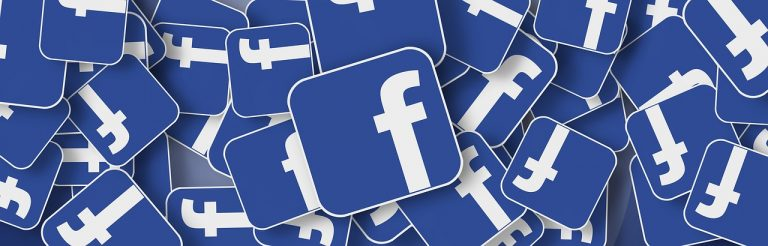 """Napiszesz na Facebook'u ,,nie lubię"""", ,,brzydki"""", albo ,,nienawidzę"""" i możesz pożegnać się z kontem. Lista zakazanych słów"""
