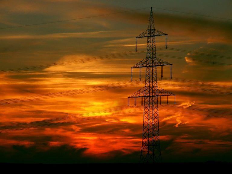 Nie będzie prądu w powiatach: gorlickim, nowosądeckim i limanowskim. Tauron planuje przerwy w dostawie