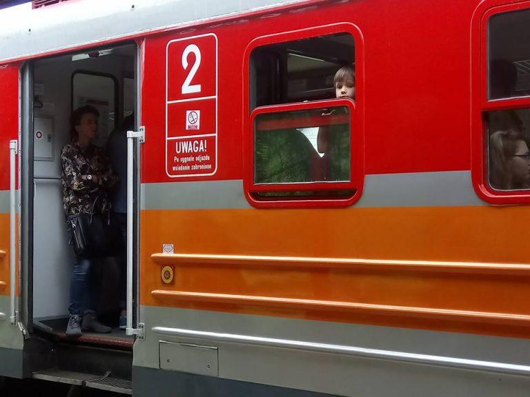 Jeden bilet na pociąg i autobus. To już działa!