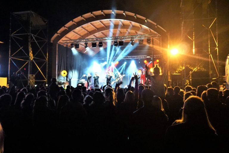 Tłumy bawiły się w Łososinie Dolnej – dopisała pogoda i publiczność