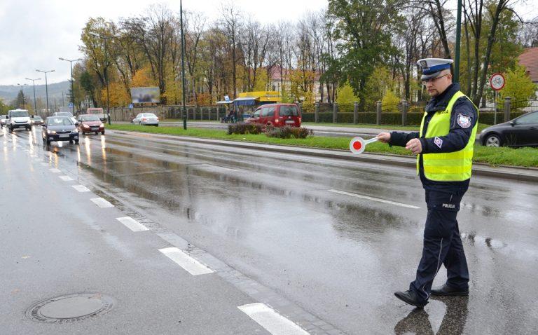 Policjanci na przejściach dla pieszych! Od stycznia zginęło 12 osób