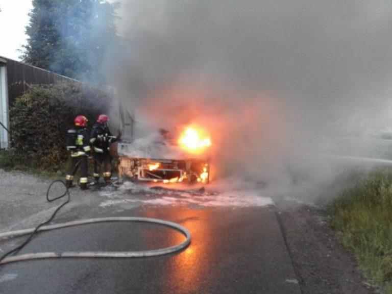 Gmina Chełmiec: ogień pochłonął autobus