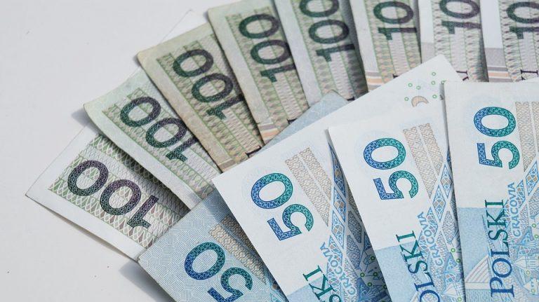 Postojowe kosztowało dotąd 32,5 mln złotych na Sądecczyźnie, 133,3 mln zł w Małopolsce i 1,2 mld zł w kraju