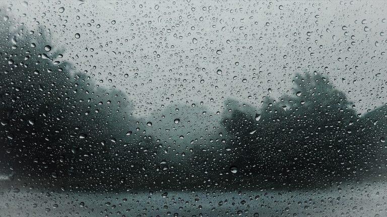 Uwaga! Synoptycy ostrzegają przed burzami