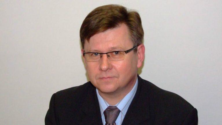 20 lat był sekretarzem powiatu nowosądeckiego. Rezygnuje z funkcji. Zrzeka się też mandatu sejmiku