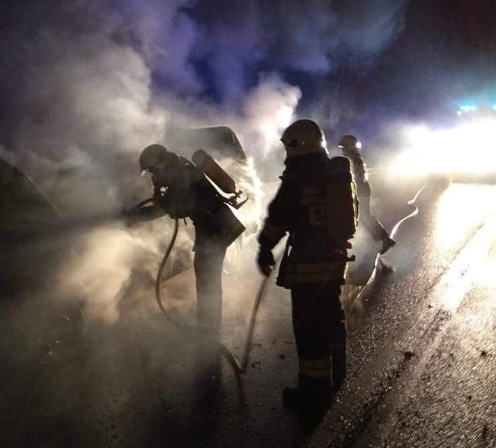 Ptaszkowa: wypadek. Samochód w płomieniach. Ratownicy w akcji!