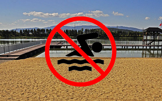 UWAGA! Zakaz kąpieli w starosądeckich stawach. W wodzie wykryto groźne bakterie